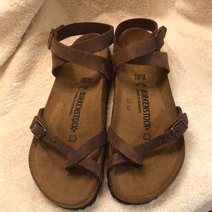 NWOT Birkenstock Yara oiled leather habana sandals